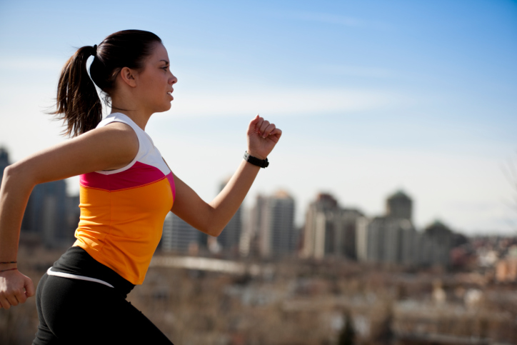 Saya seorang pelari jarak jauh dan selalu memasuki pertandingan marathon. Adakah boleh saya berdiet rendah karbohidrat ?