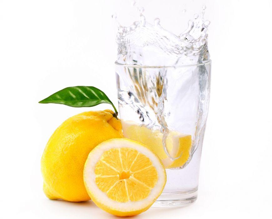 Kenapa anda perlu minum banyak air ketika berdiet ?